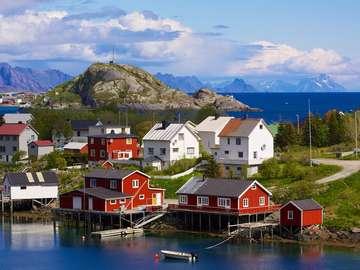 Wioska rybacka na Lofotach (Norwegia)
