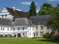 Pałac w miejscowości Velké Losiny (Czechy)