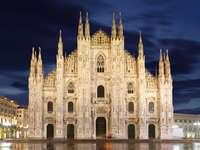 Katedra Narodzin św. Marii w Mediolanie (Włochy)