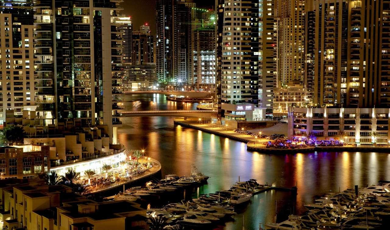 Port jachtowy w Dubaju (Zjednoczone Emiraty Arabskie)