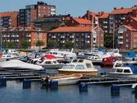 Pomosty cumownicze w Karlskronie (Szwecja)