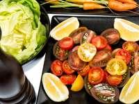 Różnokolorowe pomidory