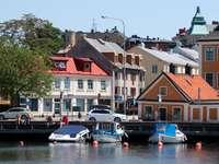 Słoneczny dzień w Karlskronie (Szwecja)