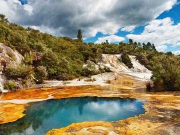 Strefa wulkaniczna Wai-O-Tapu (Nowa Zelandia)