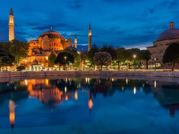 Hagia Sophia nocą (Turcja)