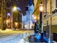 Zima na ulicach Rygi (Łotwa)