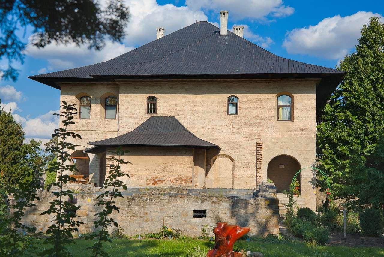 Pustelnia na terenie Monasteru Galata w Jassach (Rumunia) puzzle ze zdjęcia