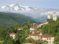 Panorama górnoswaneckiej wioski (Gruzja)