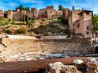 Ruiny rzymskiego teatru w Maladze (Hiszpania)