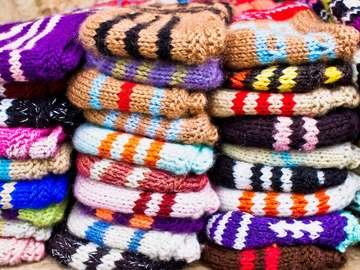 Kolorowe wełniane skarpety