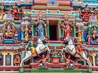 Detal ze świątyni Sri Mahamariamman w Kuala Lumpur (Malezja)