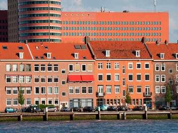 Dzielnica Rotterdamu nad Nową Mozą (Holandia)