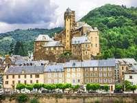 Zamek w Estaing (Francja)