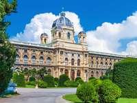 Gmach Muzeum Historii Sztuki w Wiedniu (Austria)