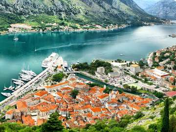 Panorama Zatoki Kotorskiej (Czarnogóra)