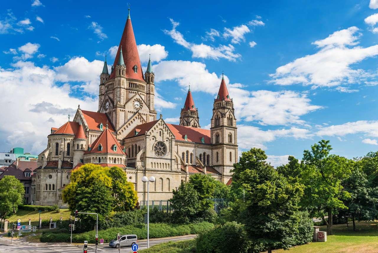 Kościół św. Franciszka z Asyżu w Wiedniu (Austria) - Wiedeń to duże, austriackie miasto położone nad Dunajem. Jedną z najbardziej rozpoznawalnych budowli w Wiedniu jest Franz-von-Assisi-Kirche, czyli kościół św. Franciszka z Asyżu zlokalizowan (8×6)