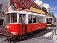 Zabytkowe tramwaje w Lizbonie (Portugalia)