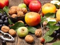 Orzechy i jabłka