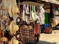 Na bazarze w Tunisie