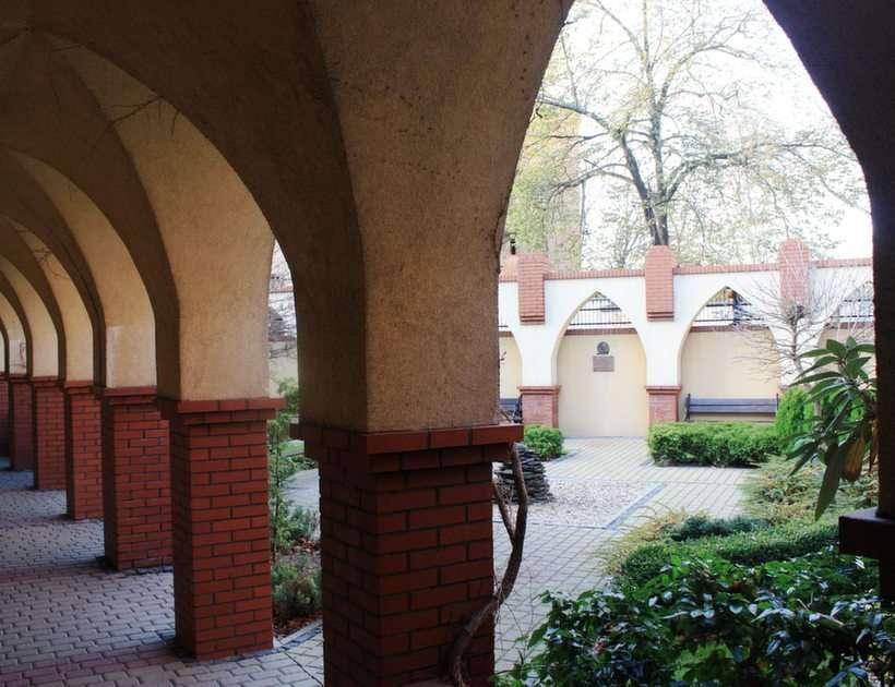 Opole Uniwersytet puzzle ze zdjęcia