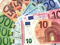 Euro 2 puzzle