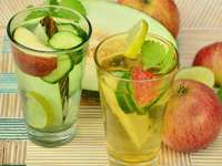 Jabłka i woda