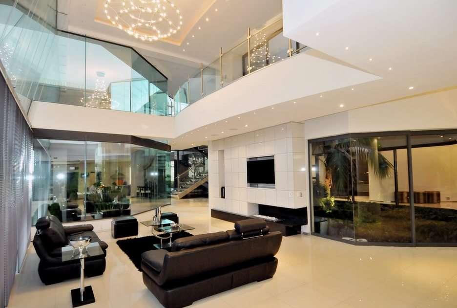 Ogromny nowoczesny dom