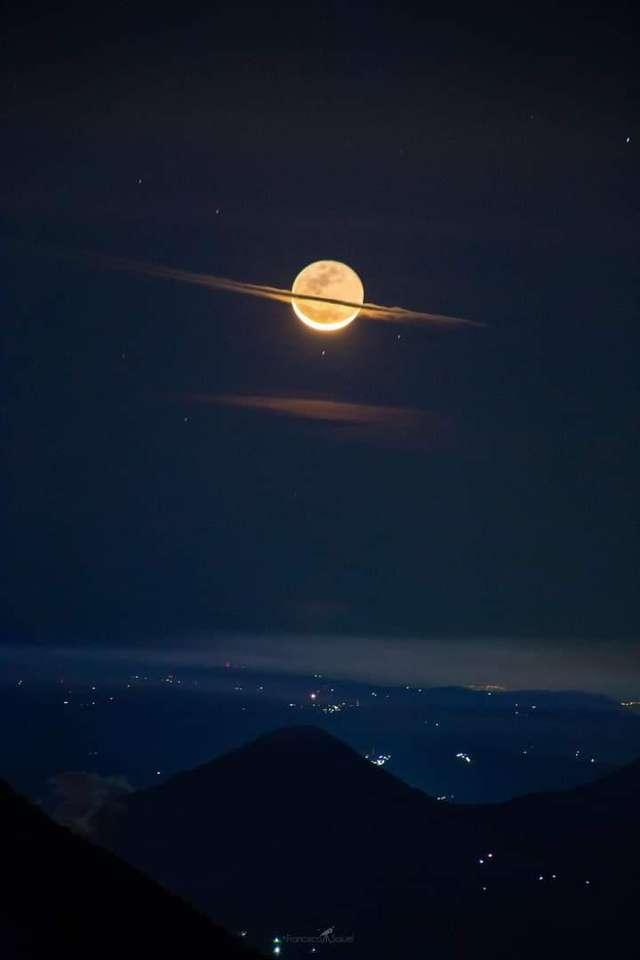 światło księżyca puzzle online