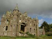 Zamek Ballintore puzzle ze zdjęcia