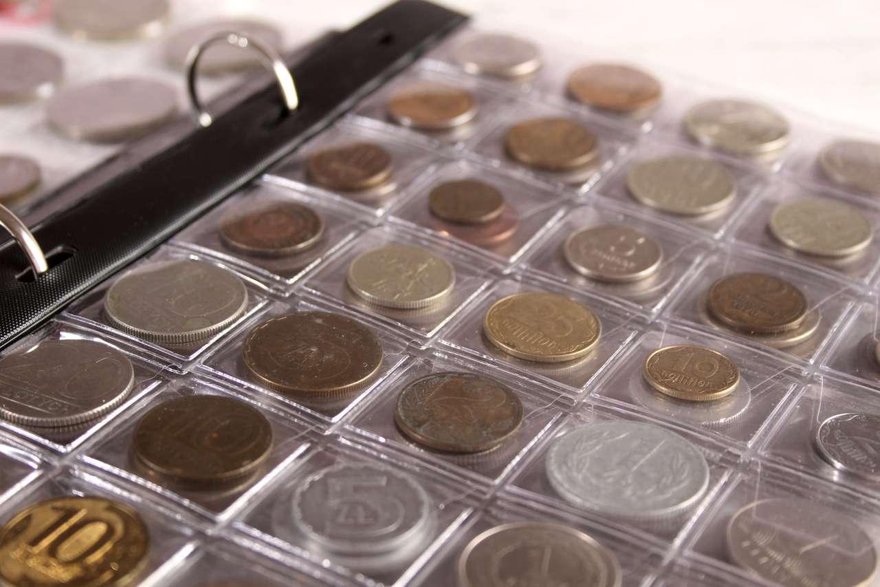 Monety w klasterze
