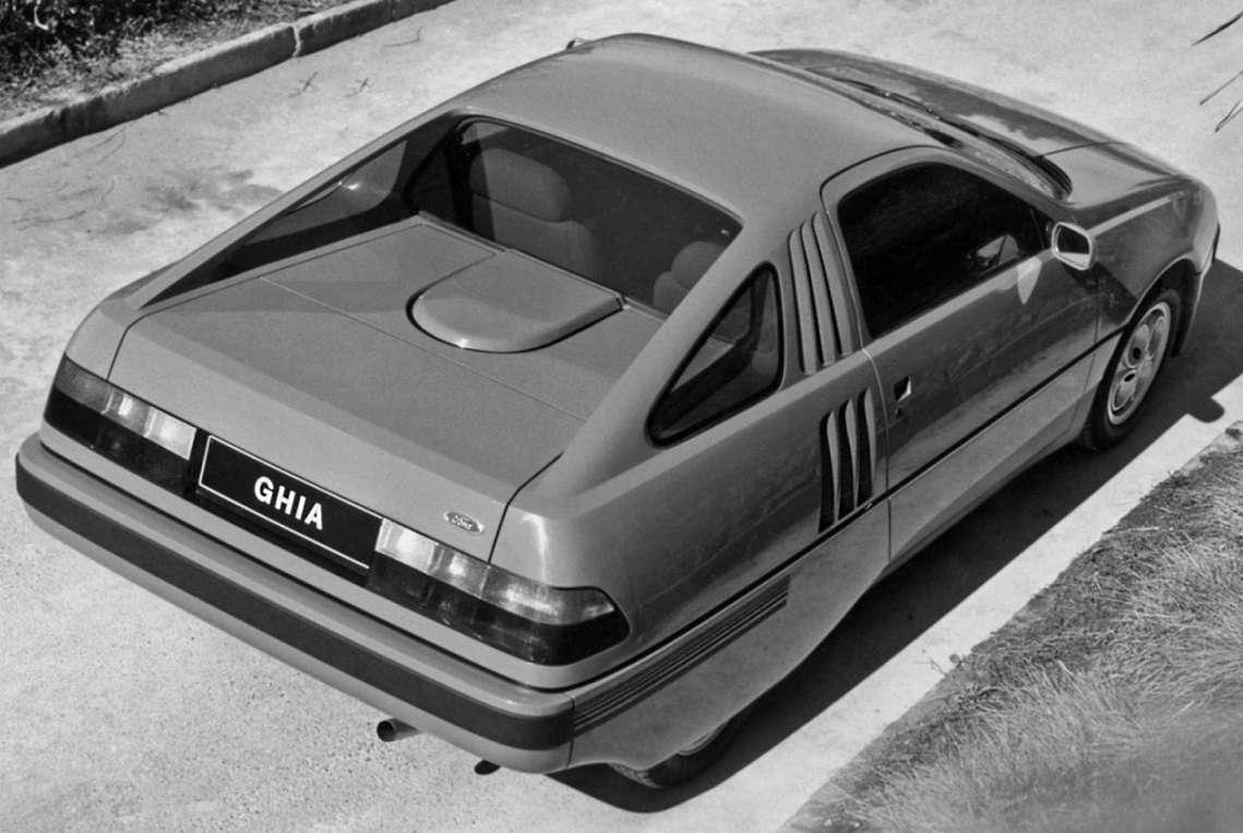 Pojazd koncepcyjny GHIA Retro