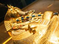 Złota maska faraona