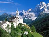 Kościół z górami puzzle