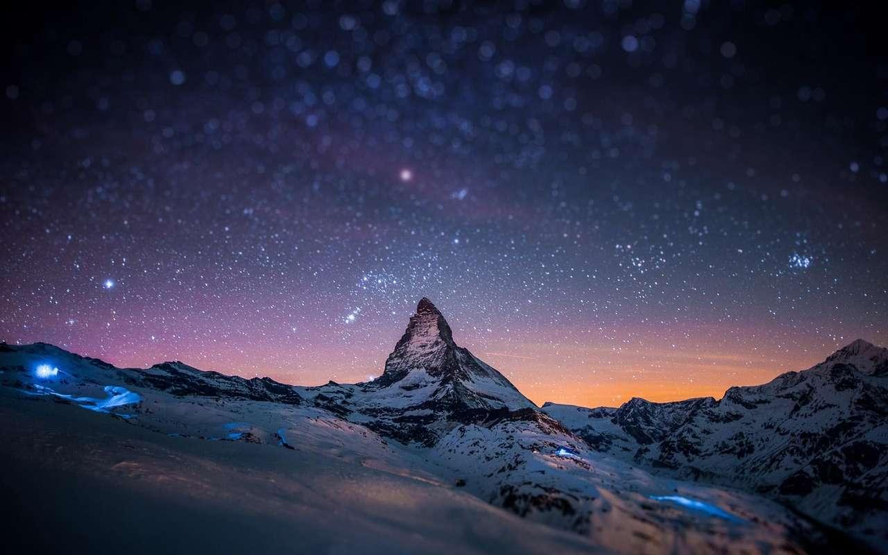 Espace Mountain puzzle ze zdjęcia