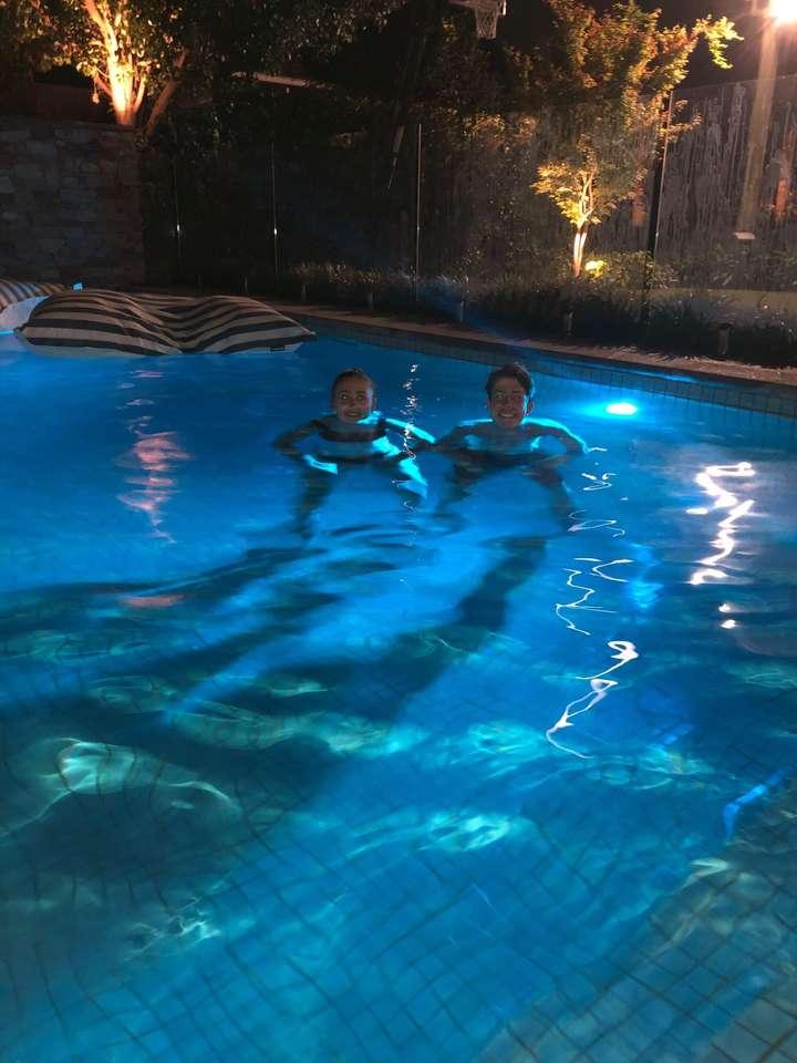 W basenie Da.