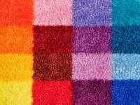 Wełniany kolorowy dywan zbliżenie