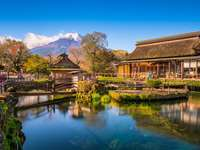Oshino Hakkai, Japonia z Mt. Fuji w tle.