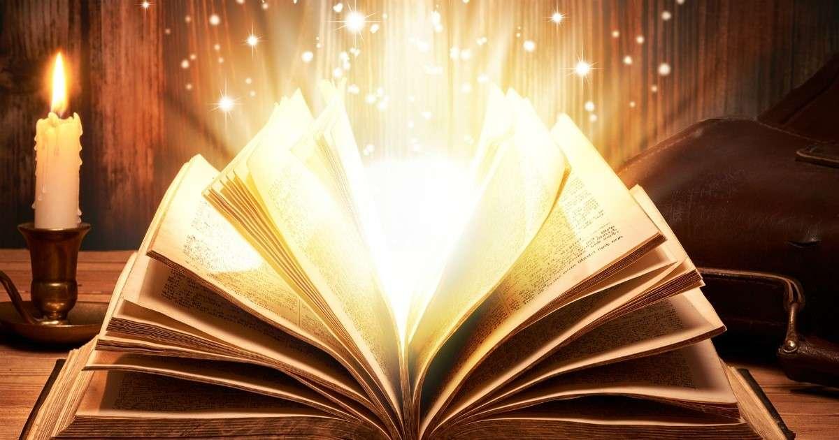 Podświetlana biblia