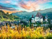 Piękna średniowieczna architektura biertana w Rumunii