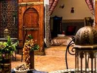 tradycyjne arabskie miejsce odpoczynku