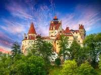 Średniowieczny zamek Bran