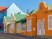 Domy szeregowe w Namibii