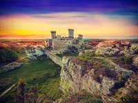 Ruiny średniowiecznego zamku